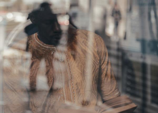 Estraneamente, progetto di ritratto fotografico dedicato all'integrazione, alla conoscenza reciproca e alla salvaguardia delle tradizioni, Senegal, realizzato da Lorenzo Marzano, Lorenzo Emme
