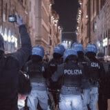firenze-manifestazione-guerriglia-urbana-ottobre-2020-covid-19-violenza-polizia-carabinieri-realizzazione-servizi-fotografici-book-fotografici-prato-fotografia-ritratto-lorenzo-marzano-emme06