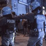 firenze-manifestazione-guerriglia-urbana-ottobre-2020-covid-19-violenza-polizia-carabinieri-realizzazione-servizi-fotografici-book-fotografici-prato-fotografia-ritratto-lorenzo-marzano-emme20