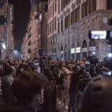 firenze-manifestazione-guerriglia-urbana-ottobre-2020-covid-19-violenza-polizia-carabinieri-realizzazione-servizi-fotografici-book-fotografici-prato-fotografia-ritratto-lorenzo-marzano-emme21