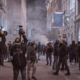 firenze-manifestazione-guerriglia-urbana-ottobre-2020-covid-19-violenza-polizia-carabinieri-realizzazione-servizi-fotografici-book-fotografici-prato-fotografia-ritratto-lorenzo-marzano-emme41
