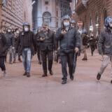 firenze-manifestazione-guerriglia-urbana-ottobre-2020-covid-19-violenza-polizia-carabinieri-realizzazione-servizi-fotografici-book-fotografici-prato-fotografia-ritratto-lorenzo-marzano-emme42