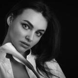 realizzazione-di-servizi-fotografici-book-fotografici-a-prato-fotografia-di-ritratto-alexandra-1